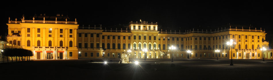 Schönbrunn Palace at night